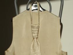 Kamizelka ślubna+krawat+chusteczka ECRU r.50
