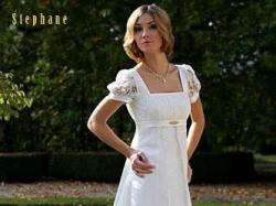 Klasyczna suknia ślubna.