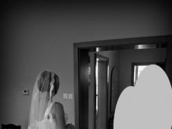 Klasyczna suknia ślubna, profilowana na duży biust