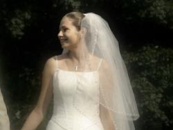 "kobieca, skromna suknia Emelie Costa ""Isatis"""