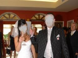Kobieca suknia ślubna jednocześciowa biała z salonu On i Ona