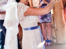 koronkowa piękna suknia ślubna