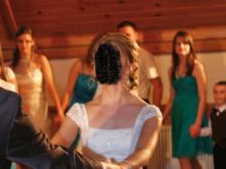 Koronkowa suknia Justin Alexander