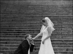 Koronkowa suknia ślubna ecru