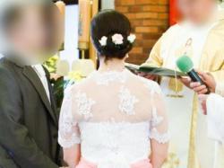Koronkowa suknia ślubna prawie jak Ercilla Nabla