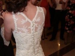 Koronkowa suknia ślubna, rozmiar 36, w kolorze ecru