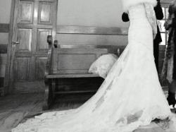 koronkowa suknia  ślubna White One 424