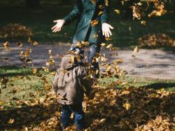 Krystyna Mirek: W świecie mam. Jak chronić się przed jesienią, przeziębieniem, zimnem, szarością?