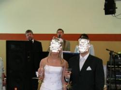 Kryształowa suknia ślubna