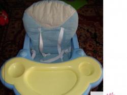 krzesełko do karmienia + stoliczek coneco