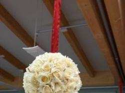 Kule kwiatowe - ecru z kryształkami