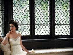 kupię suknię ślubną jak na zdjęciu..może być podobna:)