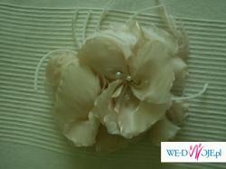 Kwiat do włosów