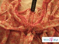 Kwiatowa bluzeczka wiązana pod biustem