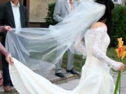 La Sposa Galatea z koronkowym rękawkiem!!
