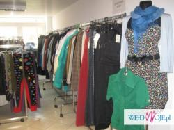 Likwidacja sklepu z odzieżą używaną - sprzedaż z wieszaka