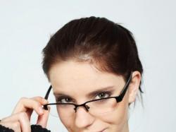 Makijaż dla pań w okularach