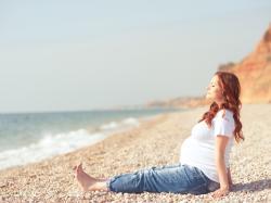 Masz niedoczynność tarczycy? Dowiedz się, jak zajść w ciążę i mieć zdrowe dziecko