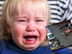 Matka biła i kopała własne dziecko. Nie wiedziała, że w restauracji jest kamera, która wszystko nagrywa
