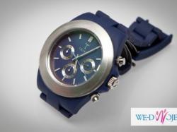 Modny kobaltowy zegarek TRIWA