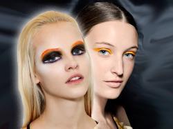 Modny makijaż oczu: Żywy kolor