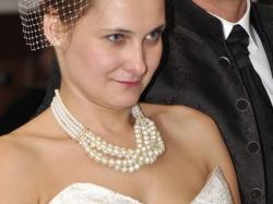 niepowtarzalna suknia ślubna ecru/perła  wzór M. Garcia tkanina z UK