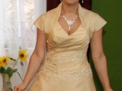 niepowtarzalna suknia ślubna w kolorze capuchina r.42
