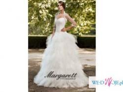 niepowtarzalna suknia ślubna z tiulu i haftów
