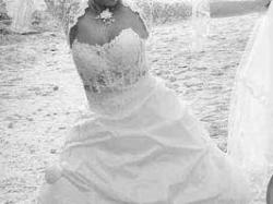 niepowtarzalna suknia śluna