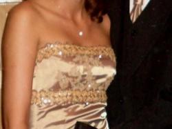 Niepowtarzalna suknia  z satyny z naturalnego jedwabiu + francuska koronka