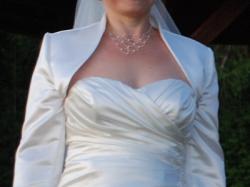 Nieszablonowa suknia ślubna