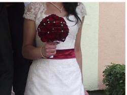 Nietypowa suknia ślubna - kolekcja 2011