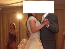 Niezwykła suknia ślubna projektu Sary Damm