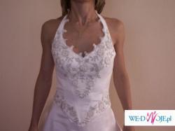 niezwykła suknia ślubna z dodatkami w kolorze pistacji