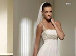 Niezwykle delikatna i gustowna suknia z kolekcji San Patrick model PARIS