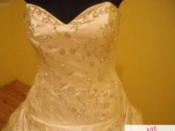 Nowa piękna suknia ślubna 42-46