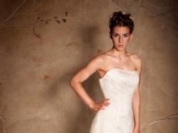 Nowa, zmysłowa suknia ślubna -oczaruj męża i gości!!!