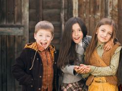 Nowe ubrania dziecięce (próbki kolekcji / sample sales)