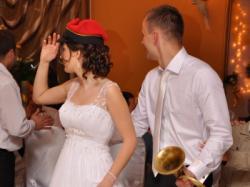 OKAZJA - suknia z trenem