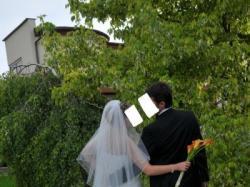 OKAZJA!Tanio sprzedam koronkową sunie ślubna z długim trenem od MADONNY!!!