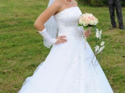 Olśniewająca suknia ślubna Adeline z kolekcji MS MODA