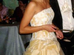 Oryginalna i wspaniała suknia!