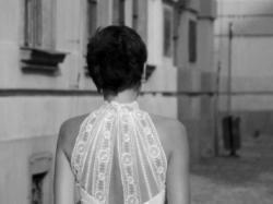 oryginalna sukienka z koronkowym półgofem 34/36 na 172