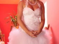 Oryginalna suknia ślubna ,polecam :)
