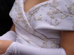 Oryginalna suknia także dla Pani w ciąży