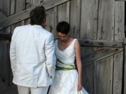 oryginalna suknia - zielone dodatki