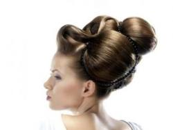 Oryginalne fryzury na wesele - galeria