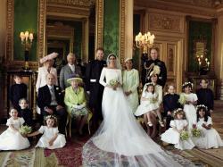 Oto oficjalne zdjęcia ze ślubu księcia Harry'ego i Meghan Markle! Uwagę pannie młodej skradła... księżniczka Charlotte?