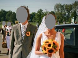 Piękna antyczna suknia ślubna
