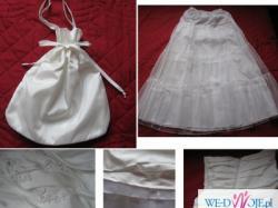 Piękna asymetryczna satynowa suknia ślubna